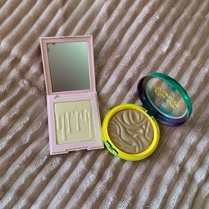 Bronzer and highlighter duo